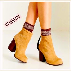 JEFFREY CAMPBELL 'Rumble' Brown Suede Heeled Boots